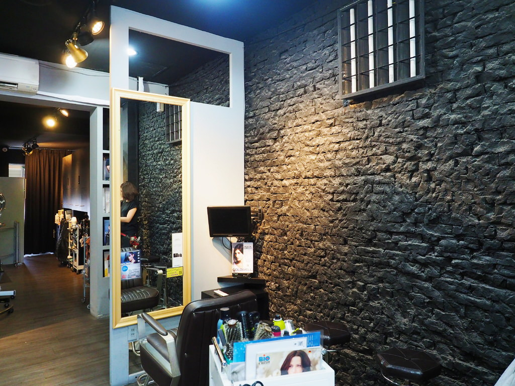 Bravo Hair salon9.jpg