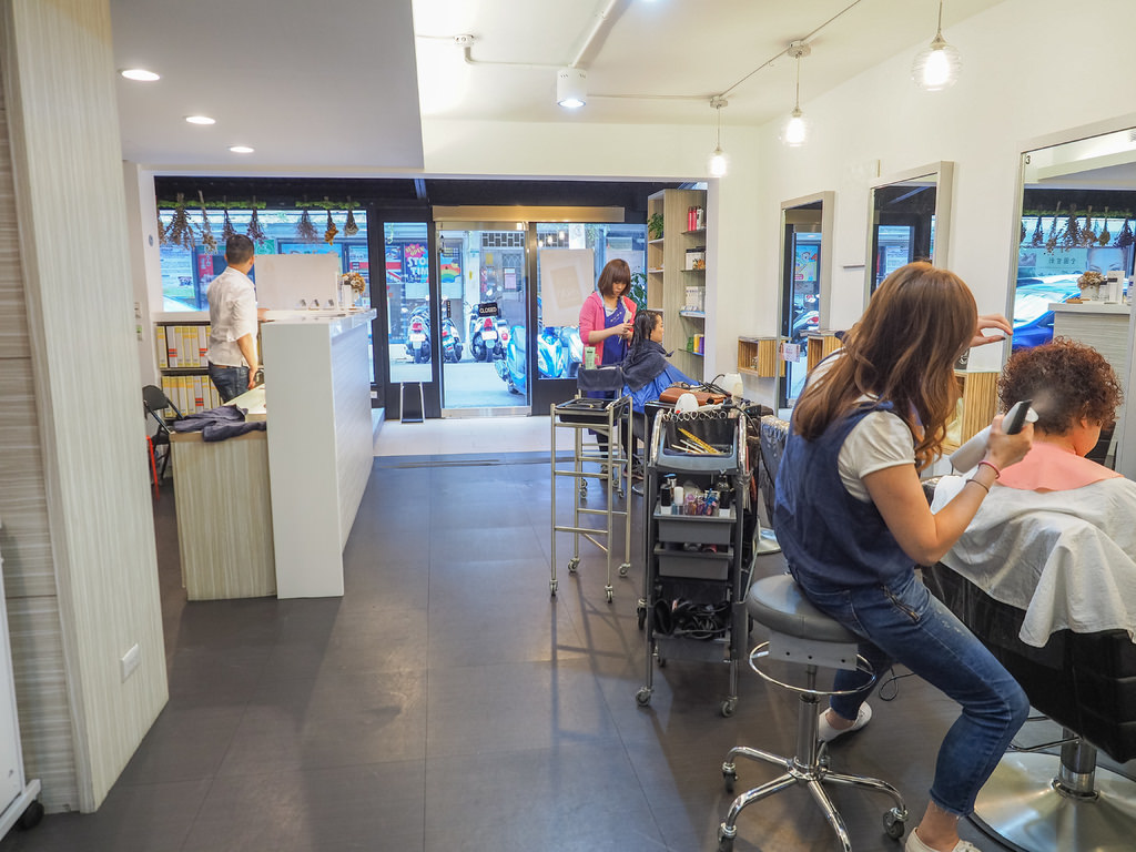 VIF hair salon11.jpg